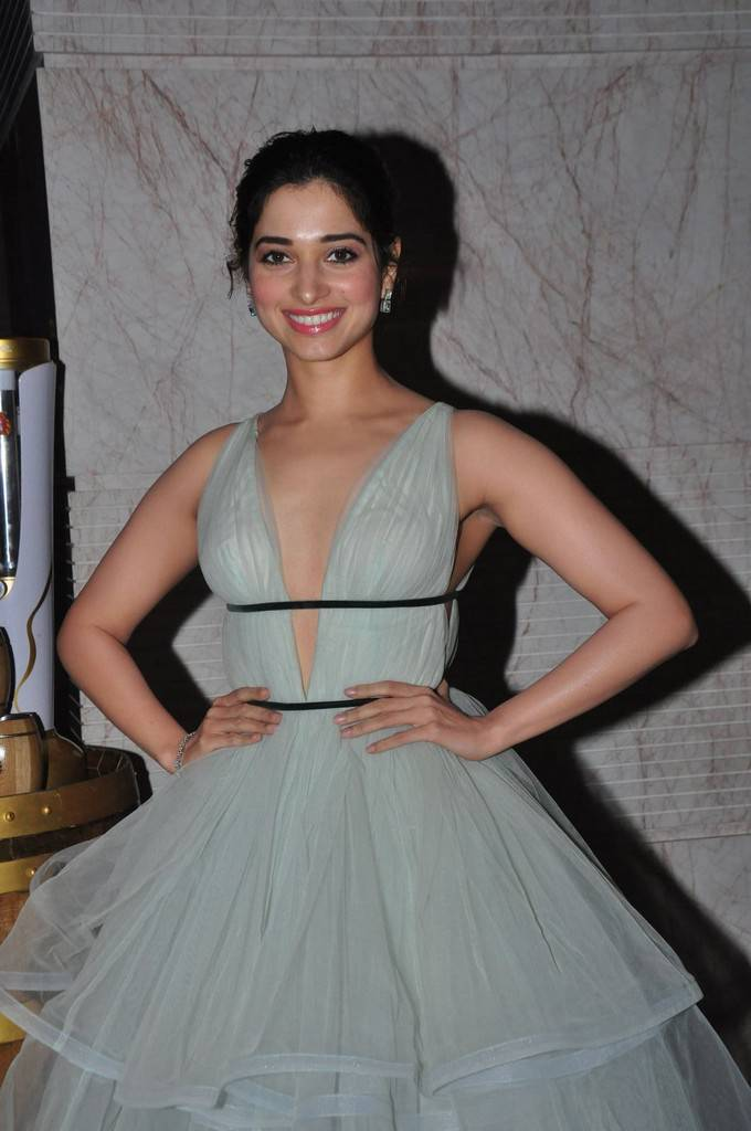 Tamannaah Sizzling At South Scope Lifestyle Awards