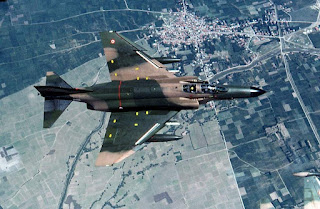 Δύο τουρκικά μαχητικά F-4E κτυπήθηκαν από τους S-300PMU2! - Το ένα γλίτωσε με ζημιές