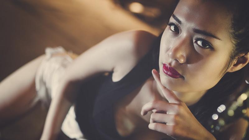 Brunette Model Portrait HD