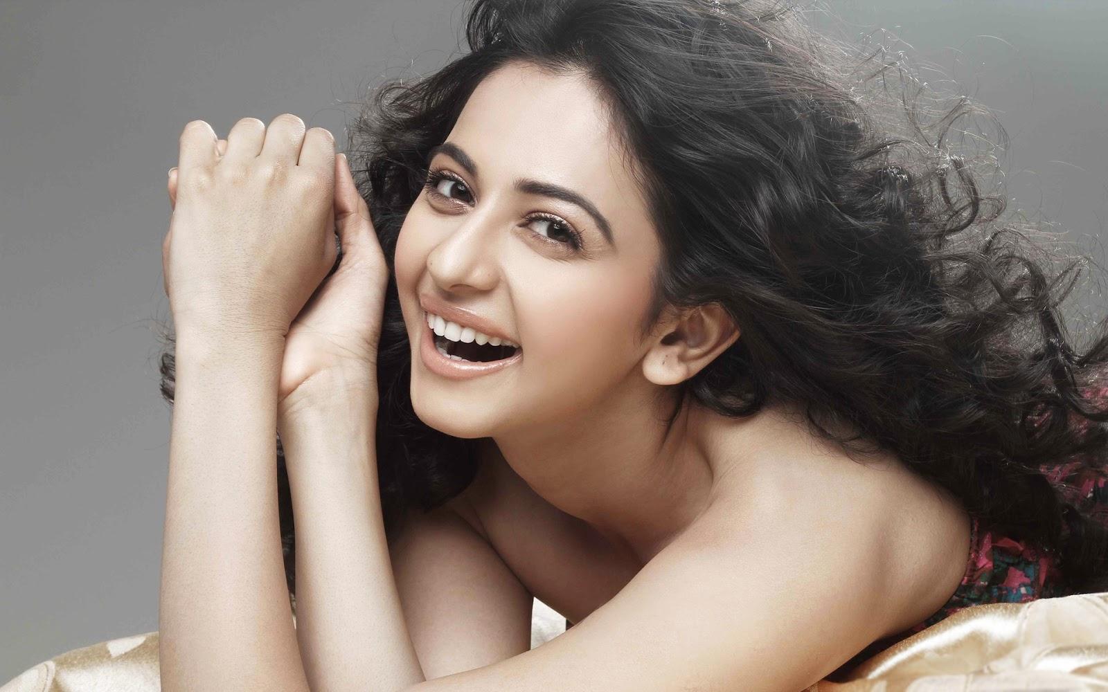 Nazneen Patel Hot And Sexy Bold Beauty Bollywood Actress