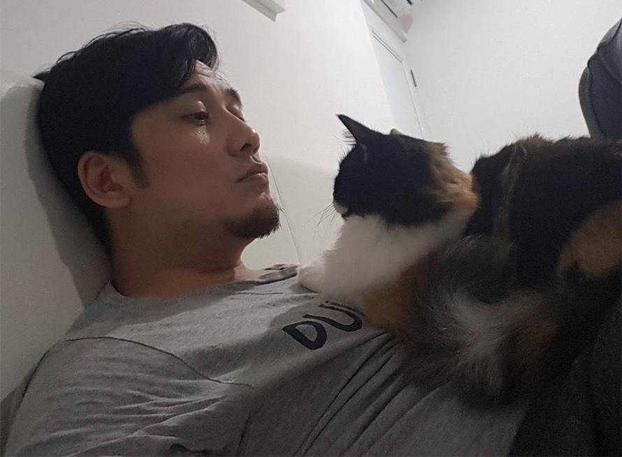 Tengku Firmansyah dan Kucingnya