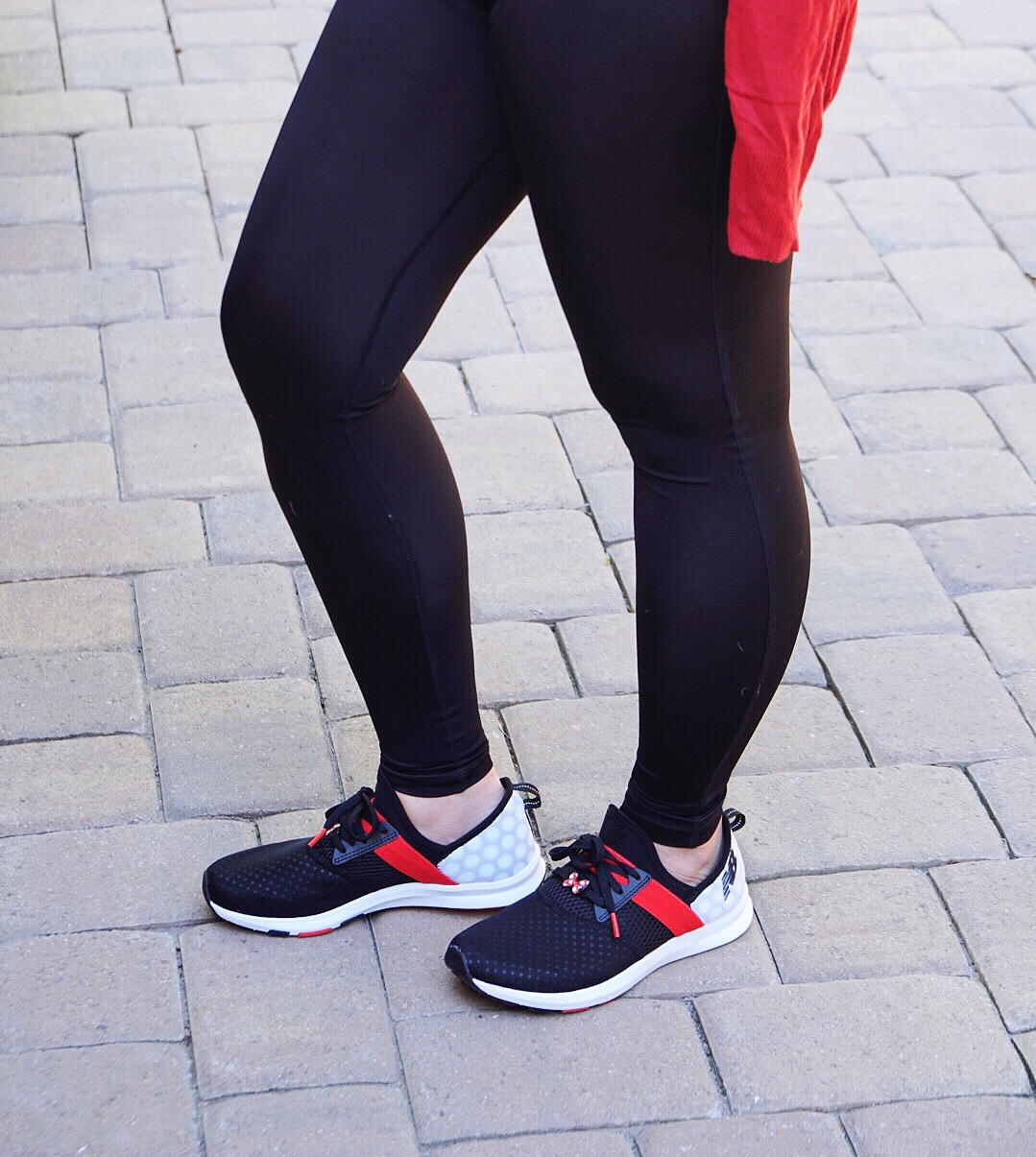 2df712851e8a54 While their maternity leggings provided relief for those pesky pregnancy  body symptoms like back, hip and leg pains, ...