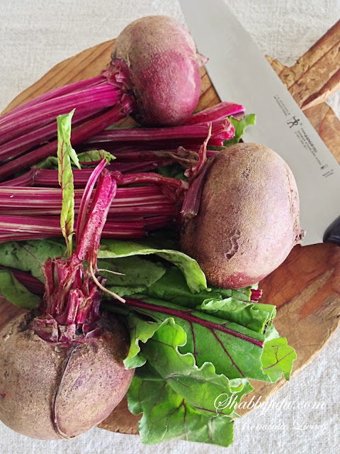 fresh-whole-beets