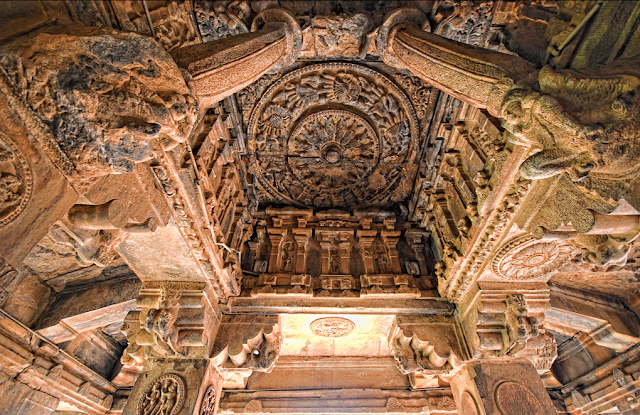 The sculptures of Ailhole temples have superb architecture.