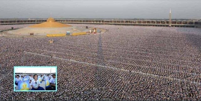 praying-for-world-peace-1-million-children-in-thailand