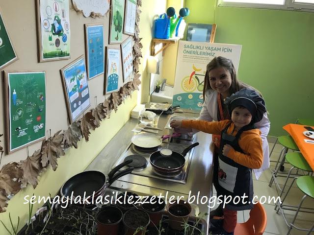Osman Latif'in Mutfak Önlüğü