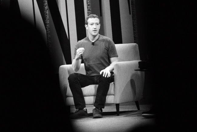 La fiebre de Star Wars contagia Mark Zuckerberg, descubre porque?