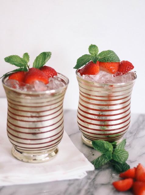 Strawberry Mint Julep Kentucky Derby Cocktail