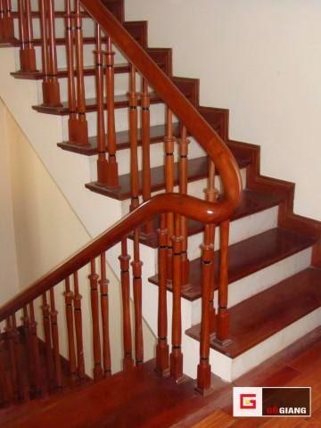 thợ mộc sửa chữa cầu thang, thợ mộc sơn sửa tháo lắp cầu thang.