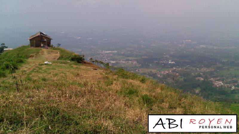 Tempat%2BWisata%2BAlam%2BDi%2BBogor%2BPaling%2BMenarik%2BBukit%2BAlesano 11 Tempat Wisata Alam Di Bogor Paling Menarik Untuk Hunting Foto Yang Keren