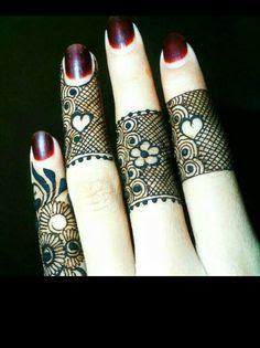 Mehndi design fingers