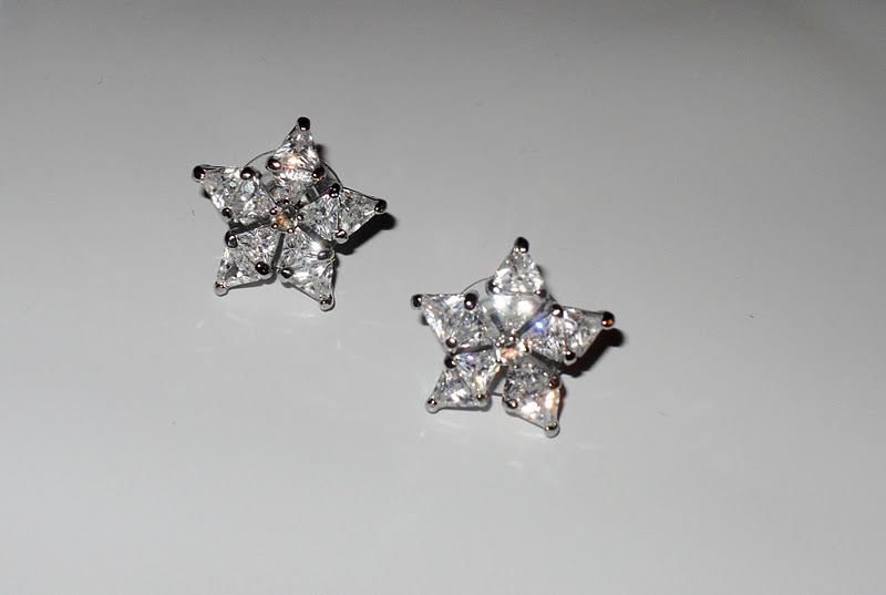 Jewelmint: Forever Audrey Earrings   Fhauling4You