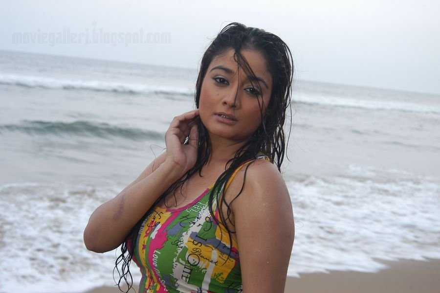 Glam Gallery: Kiran Rathod Hot Pictures