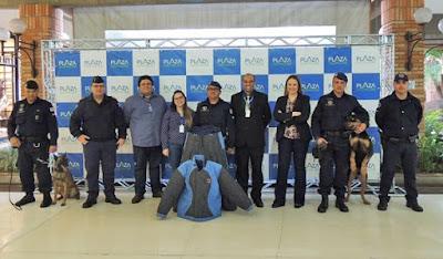 Canil da GCM recebe doação de equipamento do Plaza Shopping Itu