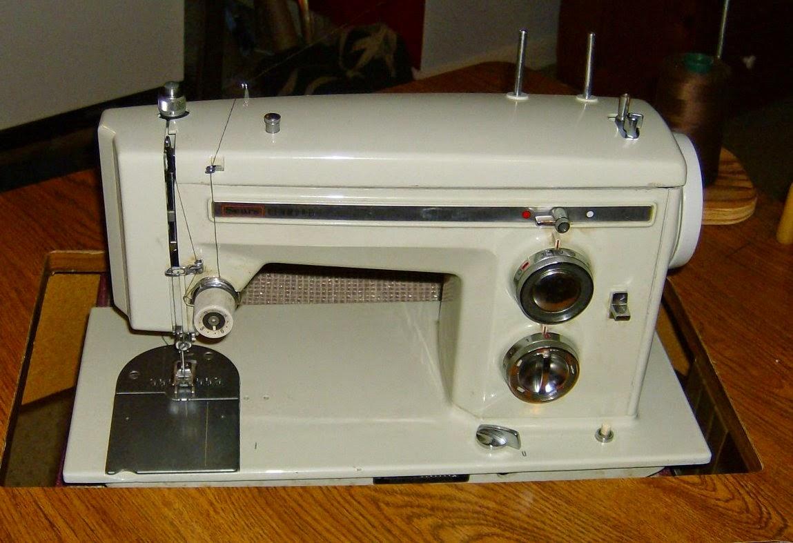 Vintage Sewing Machines Kenmore 1400