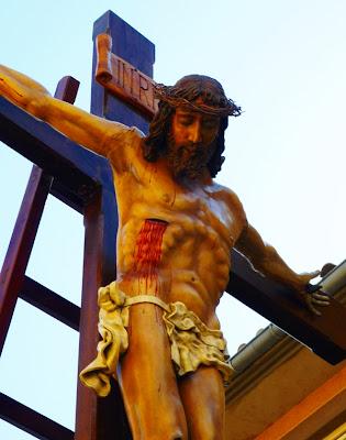 Santo Cristo del Desenclavo como crucificado. Hermandad del Desenclavo. León. Foto G. Márquez.