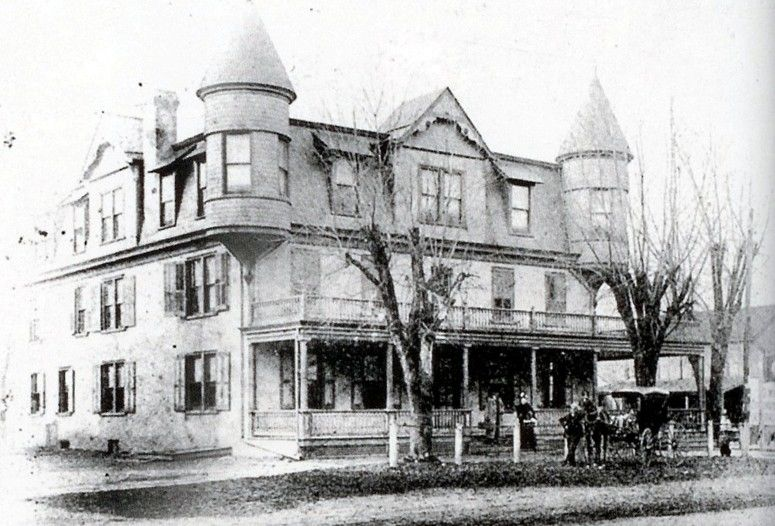 The Great Swan Hotel Stood On Southeast Corner Of That Intersection And Downingtown Bank Southwest Right 1850