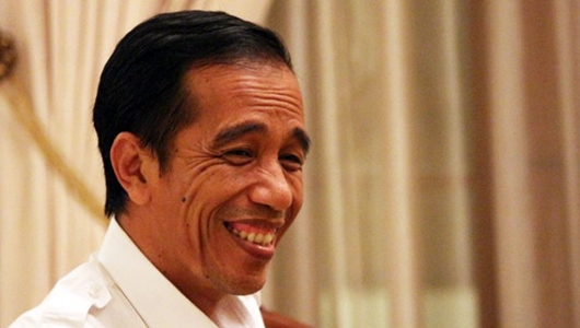Muncul Tagar #UninstallJokowi, Jokowi: He he he