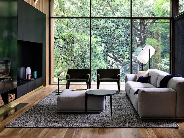 Maison contemporaine dans la verdure salon