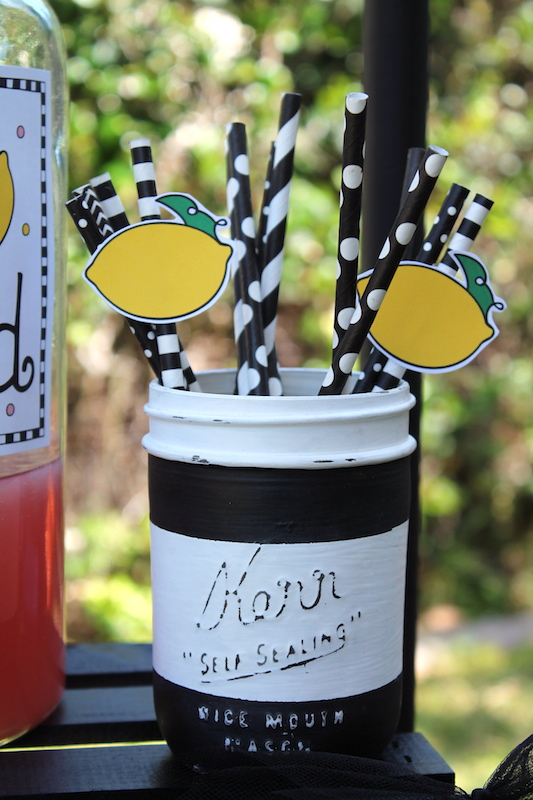 Easy Lemonade Stand Ideas| Summer Fun - LAURA'S little PARTY
