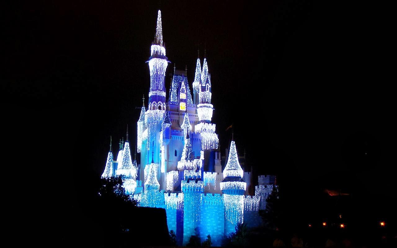 Cinderella Castle Christmas.Disney Musings Cinderella Castle Christmas Lights Desktops