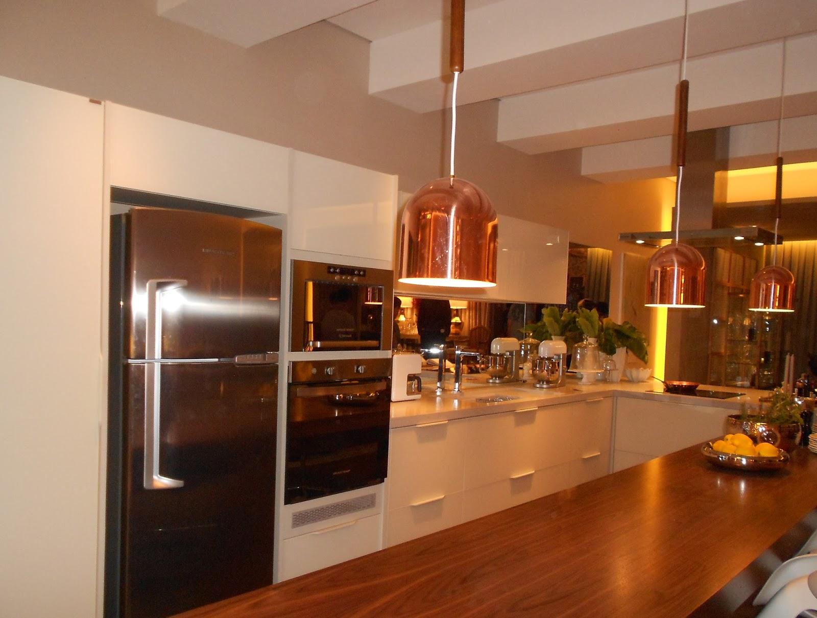Marina Ribeirão Preto: Design na cozinha: rodabanca diferente #C79004 1600 1210