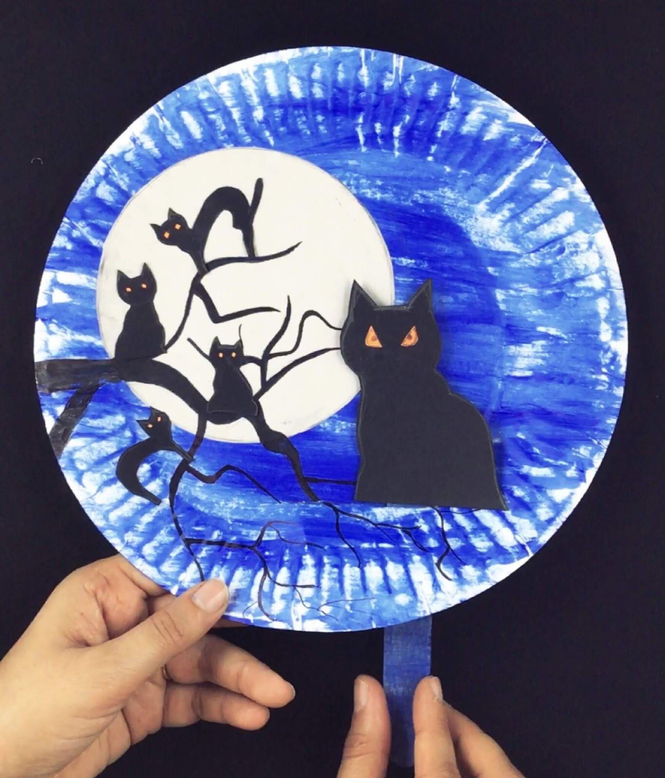 Halloween craft, kids craft, crafts for kids, preschool crafts, cat craft, animal craft, paper plate craft, spooky craft, fun craft, easy craft, black cat, mystical night, preschool craft, school craft, daycare craft, toddler craft, kids activities,