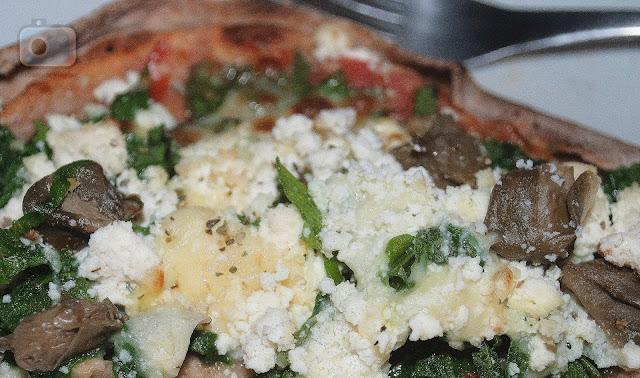 Pizzaria-do-Cica-pizza-forno-à-lenha-massa-integral-Floripa-Florianópolis-Rio-Tavares-Embarque-Floripa