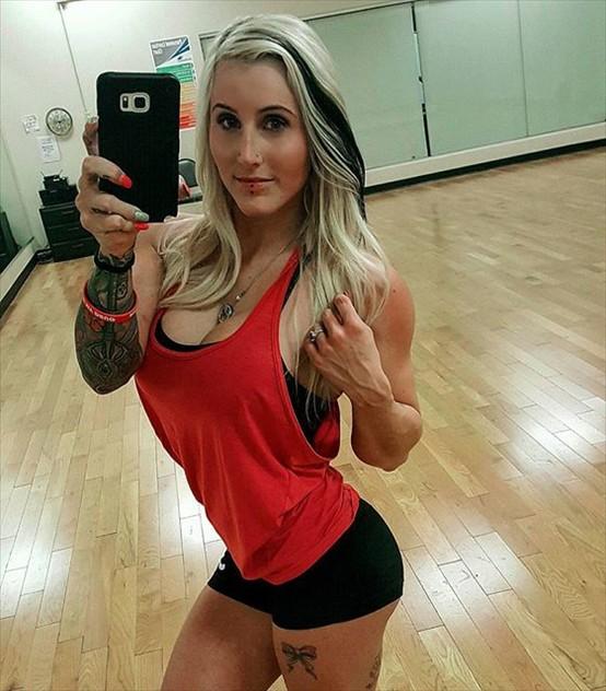 Fitness Model Sky Kinz