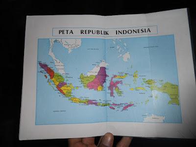 Peta Republik Indonesia Dalam Buku