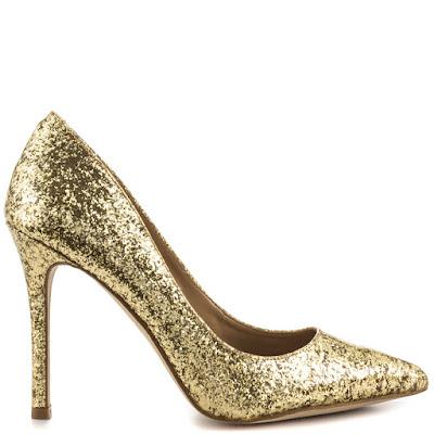 como limpiar zapatos dorados