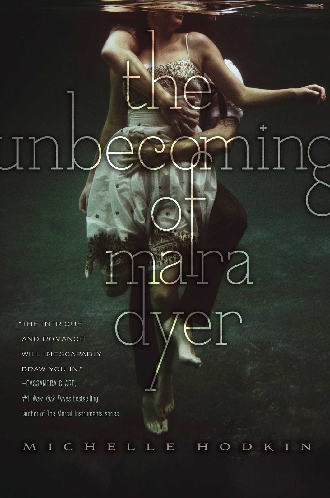 reseña: the unbecoming of mara dyer