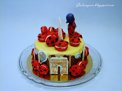 drip cake con macarons ladybug
