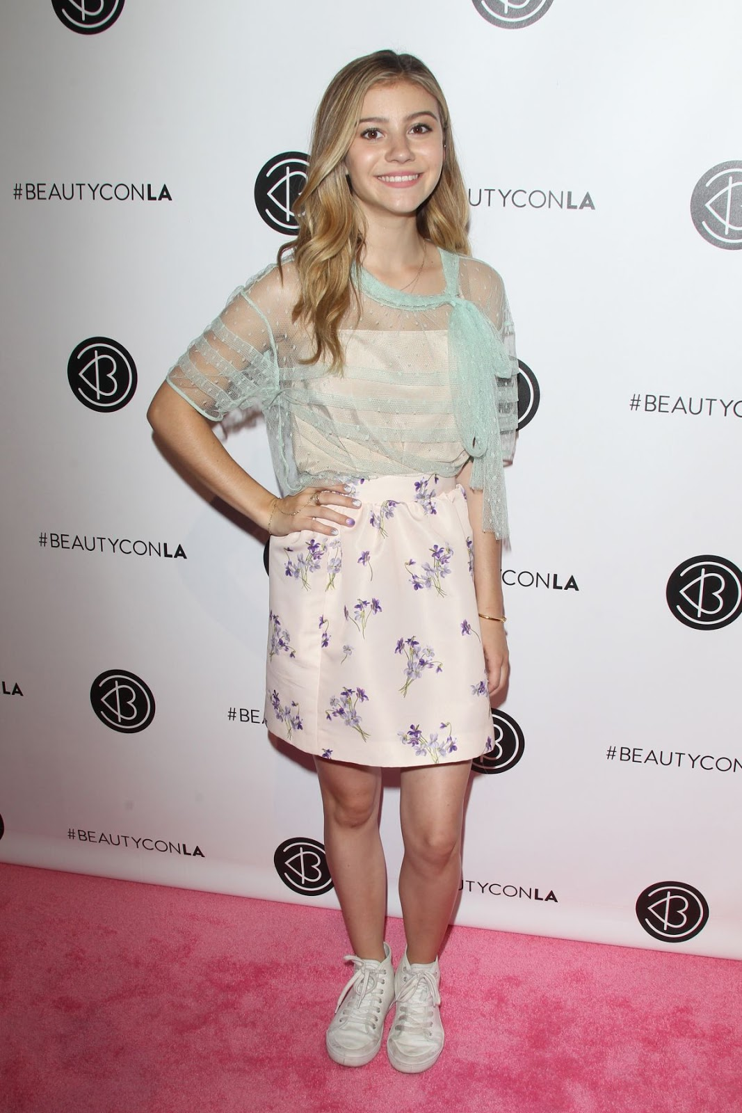 Genevieve Hannelius at 2016 Beautycon Festival in Los Angeles