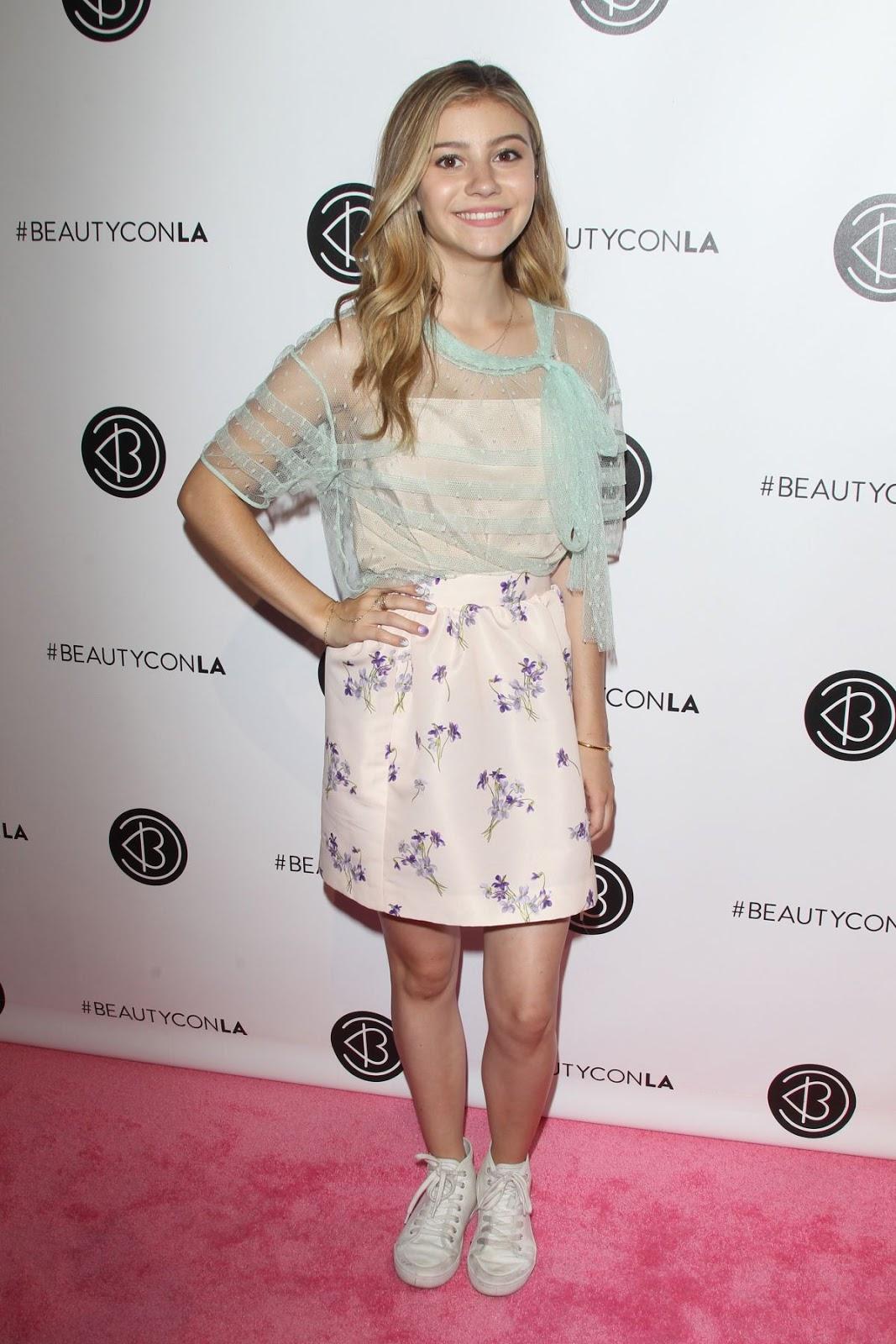 Genevieve Hannelius at 2016 Beautycon Festival in Los Angeles