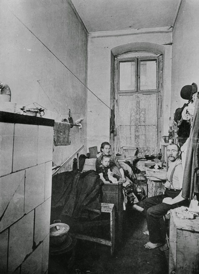 Vintage Photographs Of The Life In Germany From The 1910s