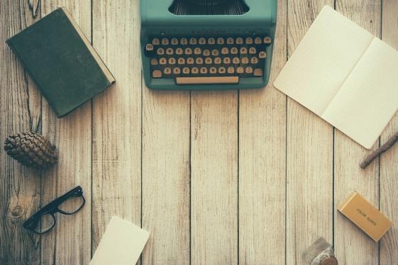 Alasan Mengapa Harus Menulis