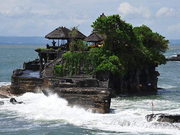 Inilah 4 Tempat Wisata Keren Sekitar Tanah Lot Bali