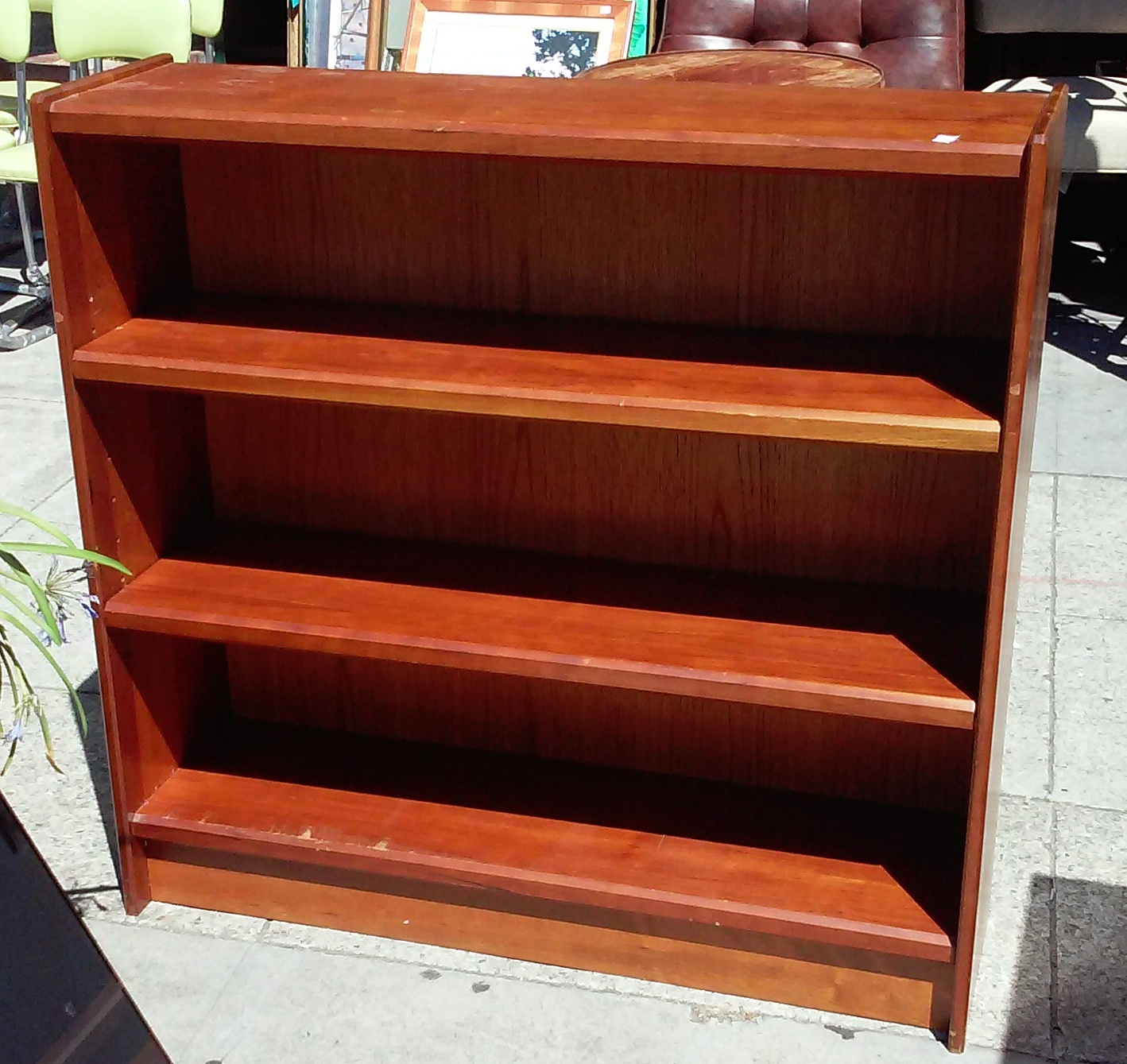 Uhuru Furniture Collectibles Sold Bargain Buy 3530