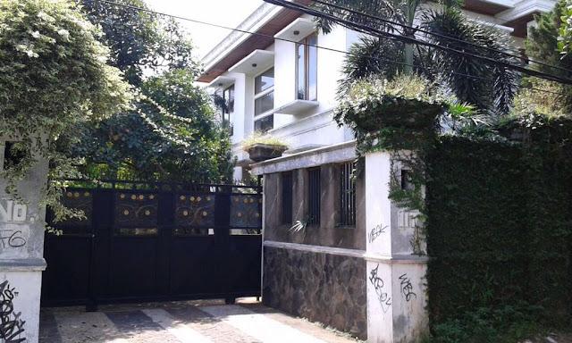 Rumah Mewah Dijual : di Cirendeu