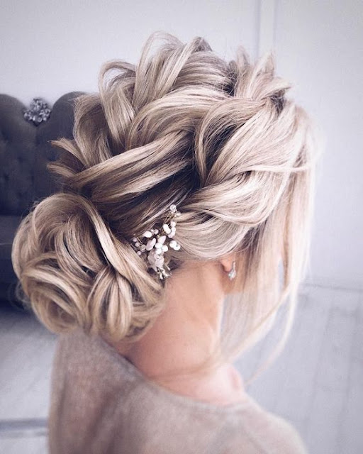 updo-hairstyle