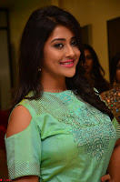 Pooja Jhaveri in Beautiful Green Dress at Kalamandir Foundation 7th anniversary Celebrations ~  Actress Galleries 077.JPG