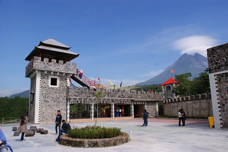 Obyek Wisata Baru Dan Hits The Lost World Castle Jogja Kaliurang Sleman Eksotis Jogja