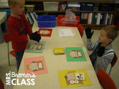 FREE Syllable activities- perfect as a literacy center in Kindergarten!