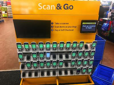 scanners na entrada do supermercado
