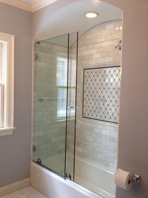 Essense Series Sliding Shower Door