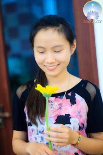 NUOI-DUONG-TAM-HON-BANG-LO-LANG-CANG-THANG-STRESS-HAY-HANH-PHUC