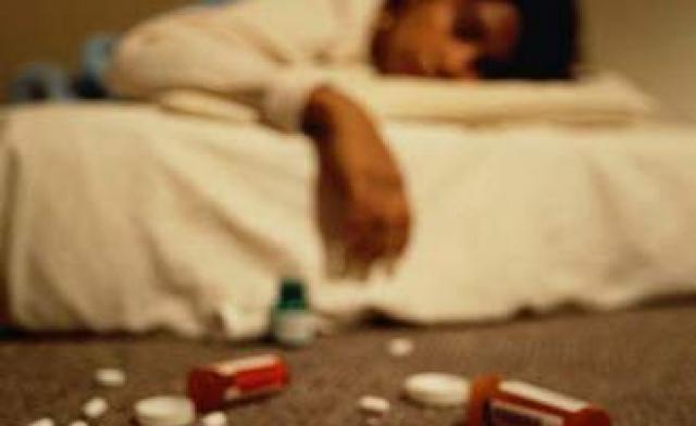 http://4.bp.blogspot.com/-Oq42tu5P-gQ/UHcXEmvaWvI/AAAAAAAAIu8/rN3h19iSNhM/s1600/suicide+3.jpg