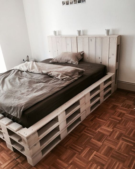 Camas con palets de madera for Camas con dosel de madera