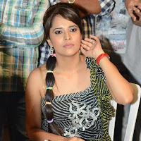 Beautiful anchor anasuya hot stills
